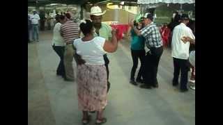 Bailando Joropo, golpe y estribillo en Sucre, Venezuela