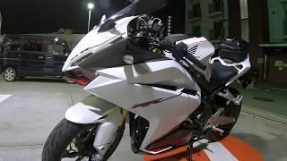 HONDA CBR250RR(ABS)  White 8 thumbnail