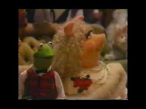 Muppet Family Christmas.Muppet Family Christmas Carols