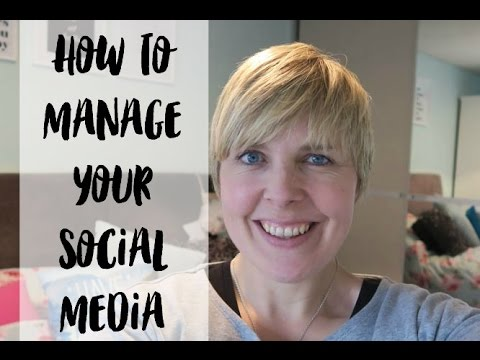 How to manage your social media and not go crazy! #BlogFixFriday BLOGGING TIPS image