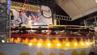 ソウル東大門にある高速回転アトラクションdisco jump