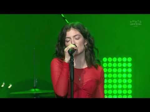 Lorde - Green Light (New Zealand Music Awards 2017)