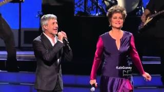 Daniela Romo y Sergio Dalma Latin Grammys (Yo no te pido la Luna) - HD