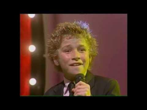 Unbelievable 11yr old sings Sinatra's My Way