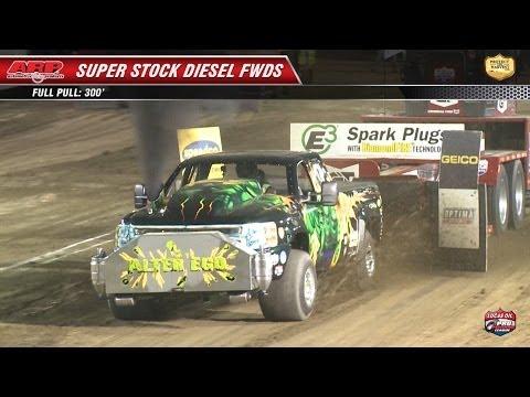 PPL 2013: SS Diesel Trucks pulling at Scheid Diesel Extravaganza (Night 1)
