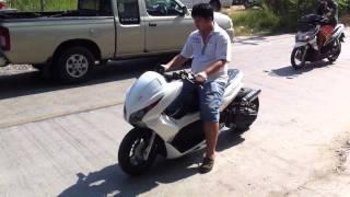 Repeat youtube video Gang's2Wheels # Test run PCX Auto GP by Pete/Jengizawa
