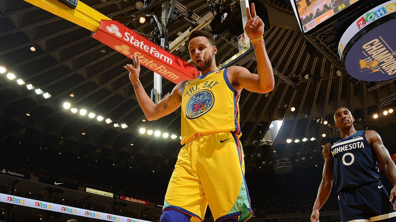 e24455676adc Stephen Curry Reaches 14