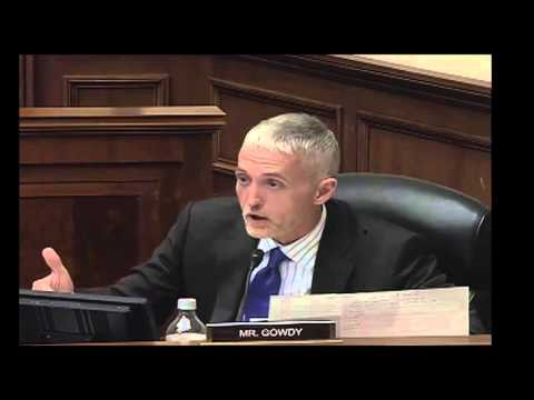 """Trey Gowdy OWNS Clueless DHS """"Expert"""" On Visa Overstays & Constitutional Rights"""