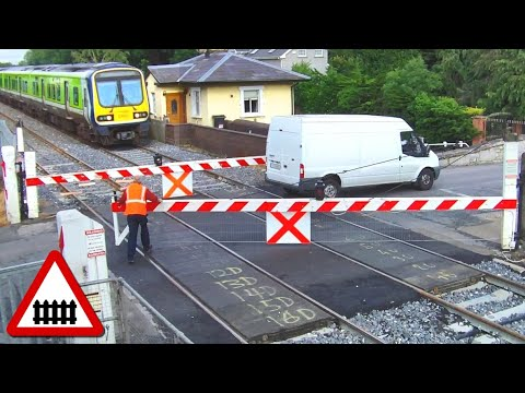 Level Crossing at Ashtown - 29000 Class