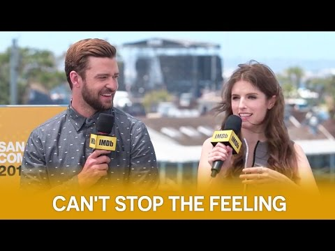"""Anna Kendrick & Justin Timberlake Talk About """"Can't Stop The Feeling""""   Trolls Interview"""