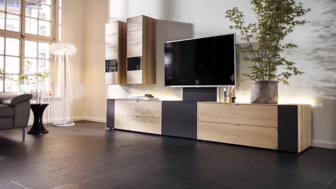 q media int youtube. Black Bedroom Furniture Sets. Home Design Ideas