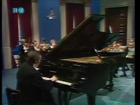 Glenn Gould-J.S. Bach-Piano Concerto No.7-BWV1058 (HD)