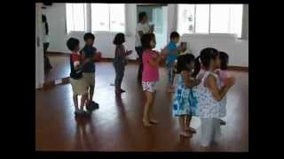 Kids dancing to Ek main hu aur ik Tu at Dancend by Ruchi Pushkarna