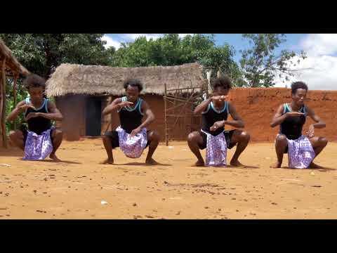 BARINJAKA   PANNEAU  SOLAIRE clip officiel 2018 mp4