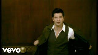 Смотреть клип Sakis Rouvas - Mila Tis