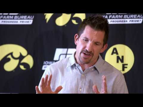 Former Iowa Hawkeyes and Indianapolis Colts tight end Dallas Clark - Oct. 18, 2016