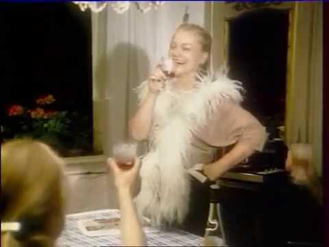 Eva Maria Hagen - Die schöne Dicke (live, 1985) - YouTube
