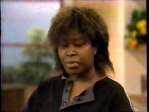 Joan Armatrading  -music and interview