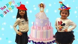 ARKADAŞIMIZA SÜRPRİZ DOĞUM GÜNÜ PARTİSİ! Oynamalara Doyamadık - Happy Birthday Friends