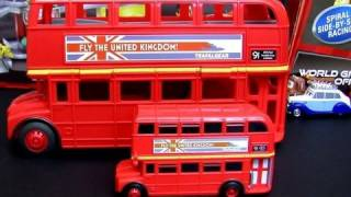 7-CARS Double Decker Bus Playset CARS 2 Topper Decking III Disney Pixar Review by Blucollection