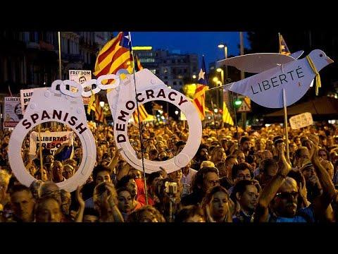 Milhares nas ruas de Barcelona pela independência da Catalunha