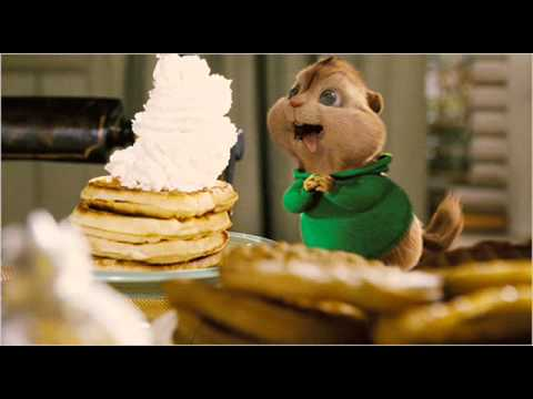 ITTY BITTY PIGGY -- Nicki Minaj Ft Alvin n the Chipmunks.wmv