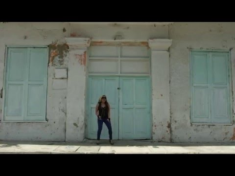 AstrA - Y no vayas a pensar [VIDEO OFICIAL]