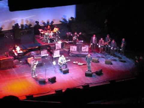 Bono & Edge perform with BB King 2008