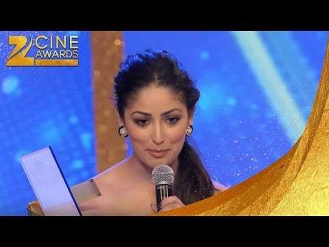 Zee Cine Awards 2013 Best Actor Debut Female Yami Gautam & Ileana D'Cruz