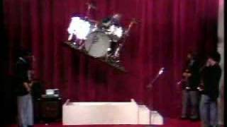 Buddy Rich - Floating & Rotating Drum Set