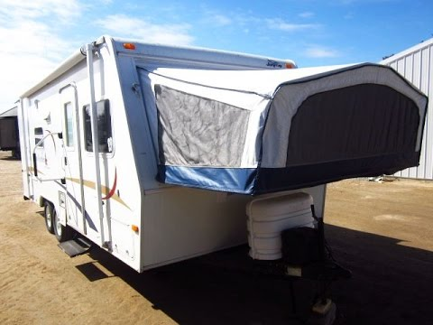 HaylettRV.com - 2006 Jay Feather 23B Used Hybrid Travel Trailer by on