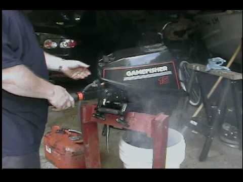 15 Hp Gamefisher Outboard Running In A Bucket Youtube