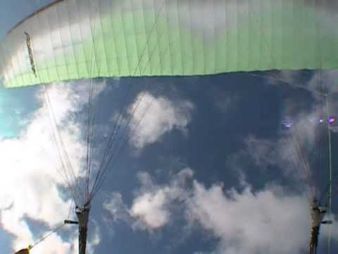 Ozone Paramotor > Products > Previous Gliders > Roadster > Info
