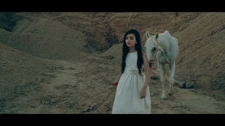 Repeat youtube video Angelina Jordan - Fly Me To The Moon (Acoustic)