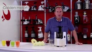видео Чем и зачем надо мыть фрукты и овощи – важные правила мытья овощей, фруктов и зелени