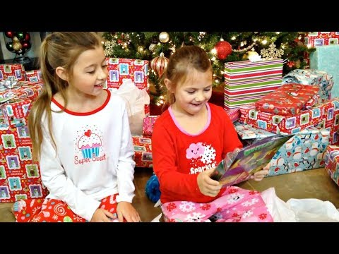 CHRISTMAS MORNING OPENING PRESENTS | THROWBACK