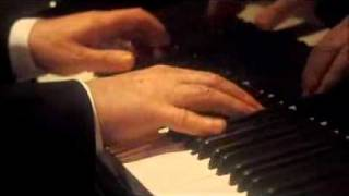 Barenboim - Beethoven piano sonata op 2 no 1, movement 4