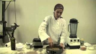 Chaya-ryvka Creates Alive, Organic Coconut Cream Pie Pt 1