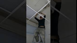 oknadveripotolki.ru Монтаж потолка
