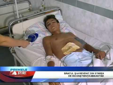 A scăpat ca prin minune cu viaţă, după ce a fost lovit de un tren