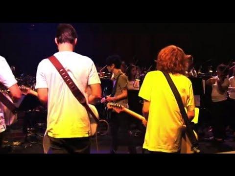 Nick Zinner (Yeah Yeah Yeahs) - Summer (Live in Sydney) | Moshcam