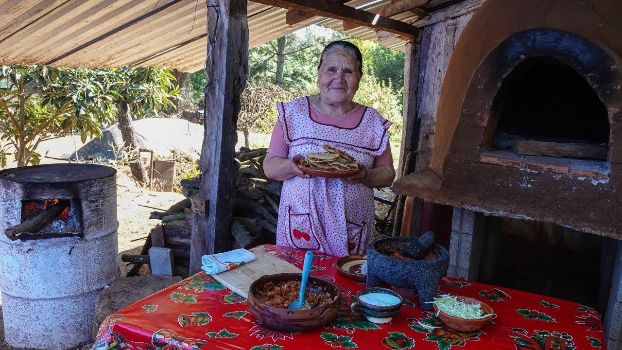 Tacos Dorados Y Guisado de Rancho De Mi Rancho A Tu Cocina