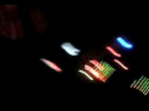 DJ DAZZLE ZOMBIE DANS FESTIVAL