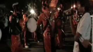 Agrupación Murga Pateando Contra El Viento en el corso de Zapala 2009