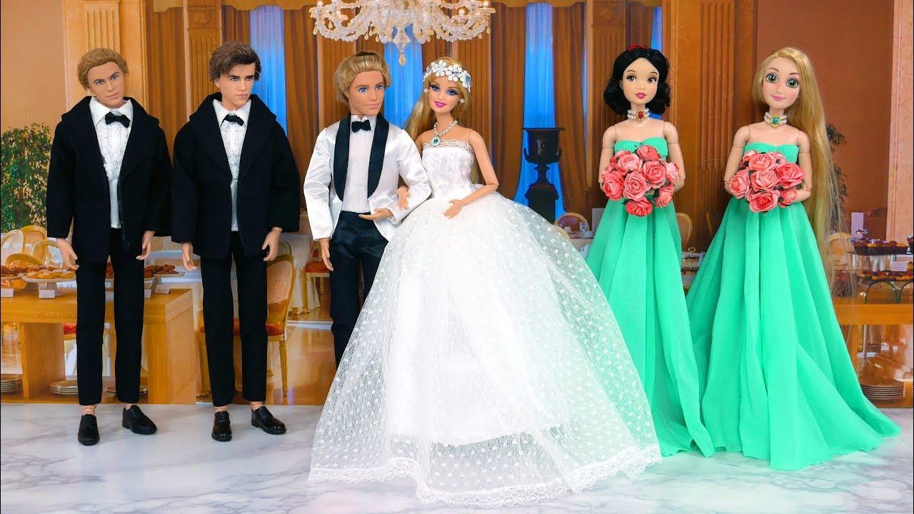 Barbie TRYING ON WEDDING DRESSES Barbies Wedding day Morning Hochzeitskleid  Vestido de Casamento