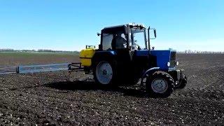 Трактор МТЗ 82.1 и опрыскиватель Polmark 800(Трактор МТЗ 82.1 и опрыскиватель Polmark 800 https://youtu.be/jo3zN6VKQtk Трактор МТЗ 82.1 (Беларус) на сегодня один из более расп..., 2016-05-09T09:38:57.000Z)