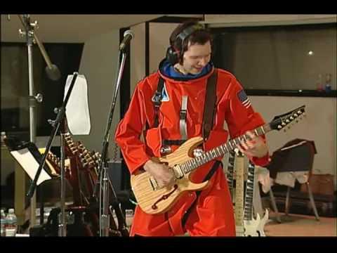 """PAUL GILBERT-""""WASH MY CAR""""-(SPACE SHIP LIVE-DVD-)"""