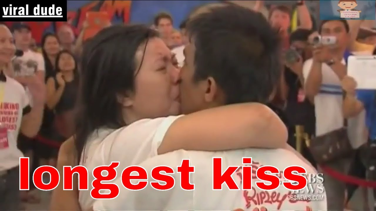 How long did the longest kiss in the world last
