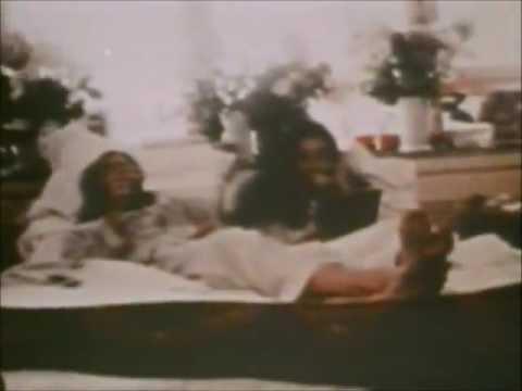 Cold Turkey - John Lennon Plastic Ono Band [Original video]