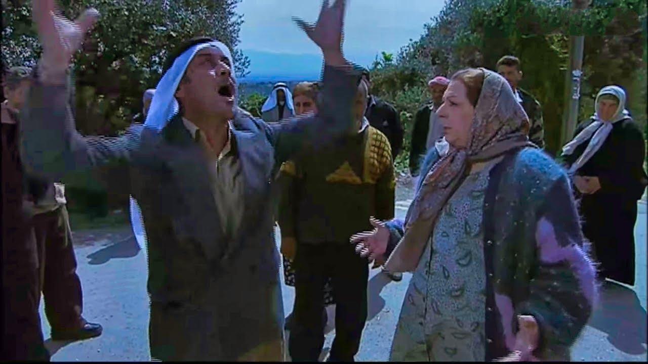 نجكر منها وطالبها بالمصاري والناس كلها واقفه تتفرج بس لانها فشلتو بكلمه - لعنه الطين